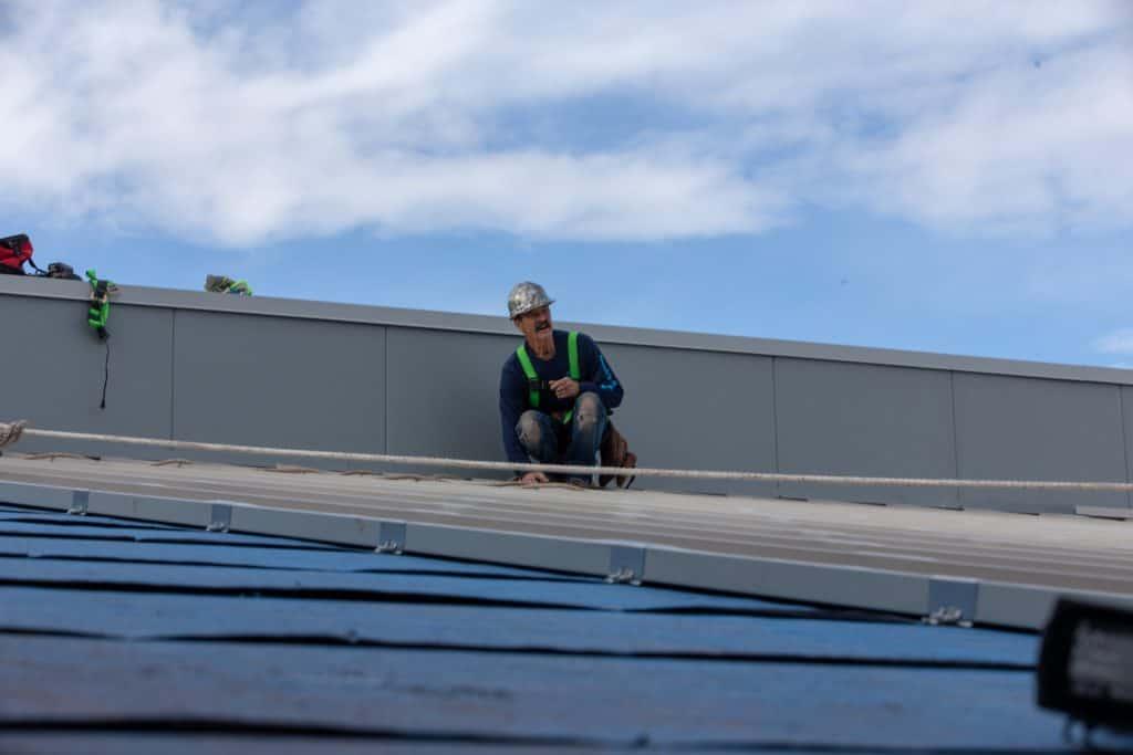 flagstaff roofing noahs ark roofers working